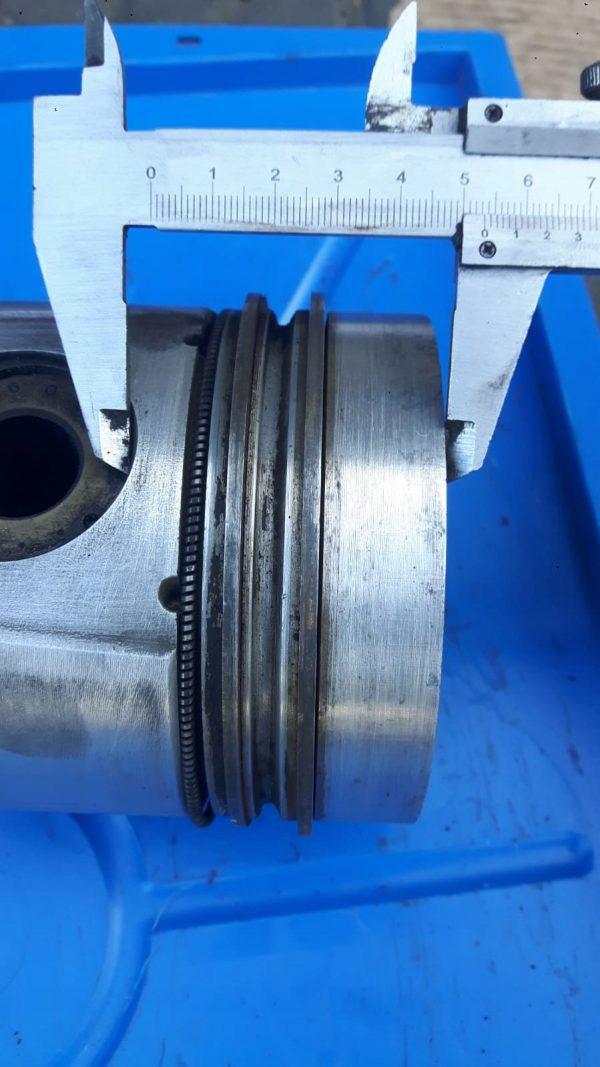 Tłok Korbowod MAN Silnik D0826 nr.108077