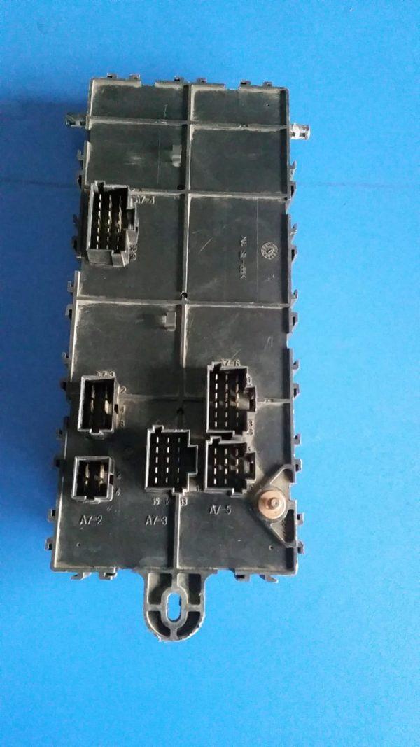 MERCEDES moduł bezpieczników 0015432015