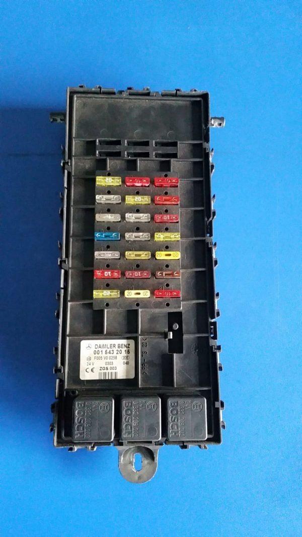 MERCEDES skrzynka moduł bezpieczników 0015432015