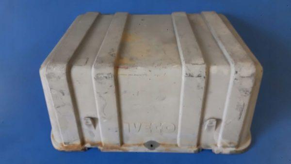 IVECO Eurocargo pokrywa akumulatorów 030006000