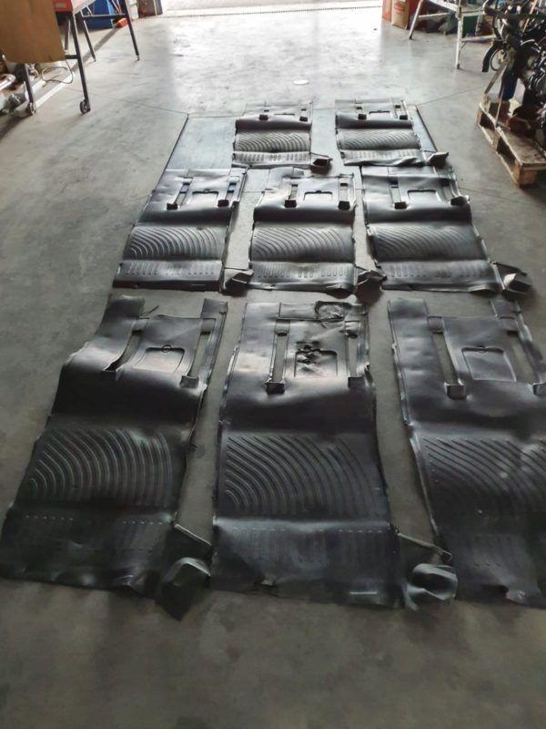 Wykładzina dywanik Prawy pasażera MAN L2000 LE
