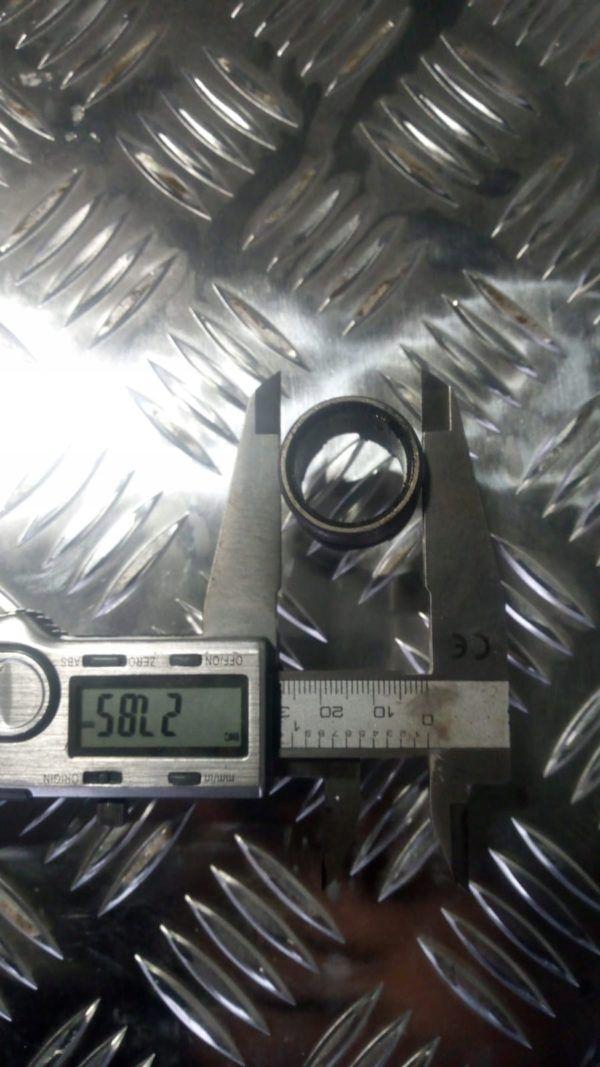 Nakrętka wtryskiwacz paliwa MAN L2000