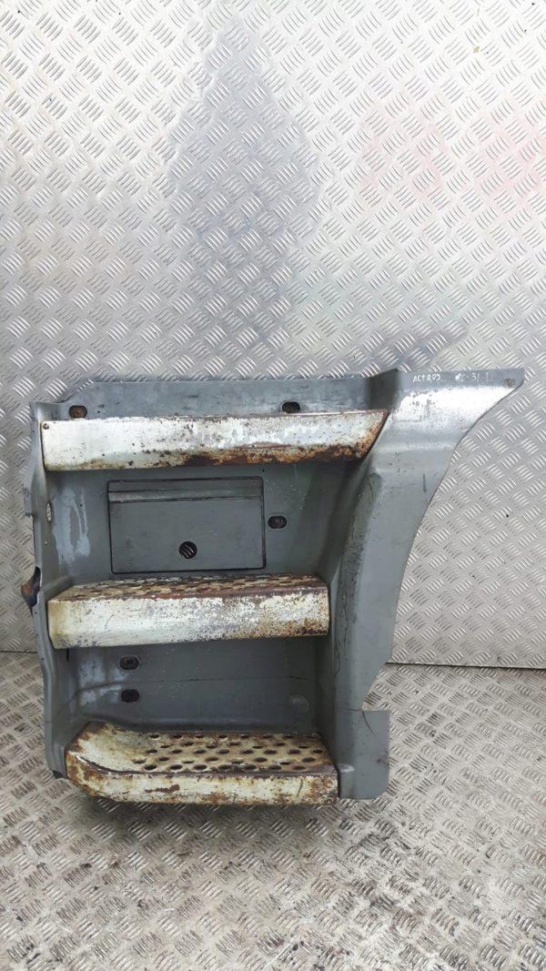 Stopień stopnica lewa mercedes actros MP1